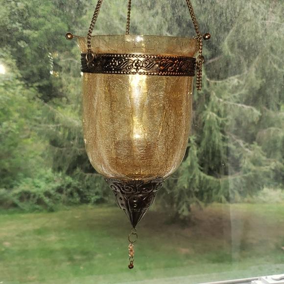 Crackle glass lantern